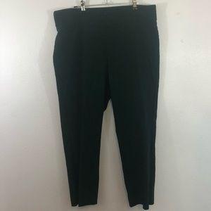 Briggs forest green Capri  pants size16 career